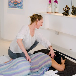 kate-massage-1-0977